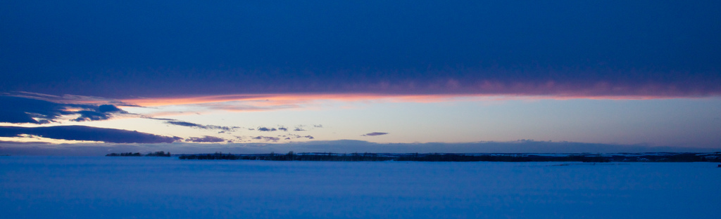 Chinook Arch at Sunset. Photo by Tuchodi, http://www.flickr.com/photos/tuchodi/5381184500/