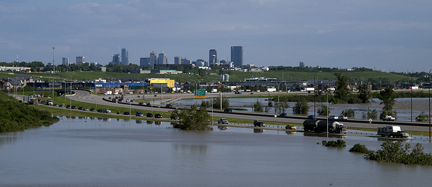 Calgary flooded, June 21 2013. Photo by Wilson Hui, flickr.