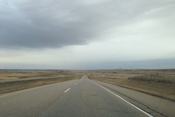 AB prairie, Highway 1, approaching Brooks, 19 Oct 2013
