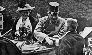 The arch-duke and his wife in the motorcar, Sarajevo, June 28 1914.