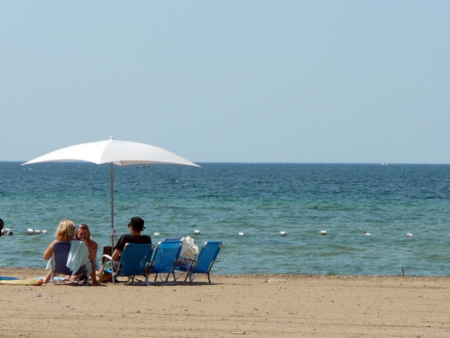 Heat wave. Photo © Steve Harris, via creative commons and flickr