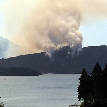Dog Mountain Fire, Vancouver Island, July 2015. Photo © BCFLNR2015