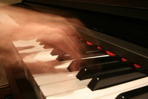Pianist. Photo © Alan Cleaver, via flickr and Creative Commons; strangebritain@gmail.com